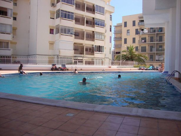 T2 Excelentes áreas, vistas e piscina