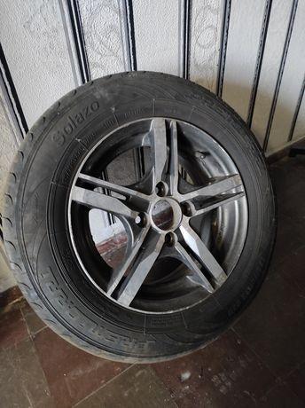 Продаю колесо на ВАЗ