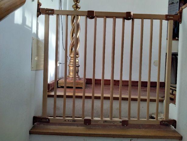 Grade segurança para escada