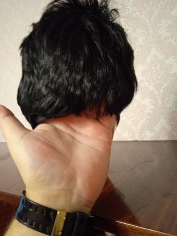 Продам новый парик ,черный,короткая стрижка.Цена 300 грн.