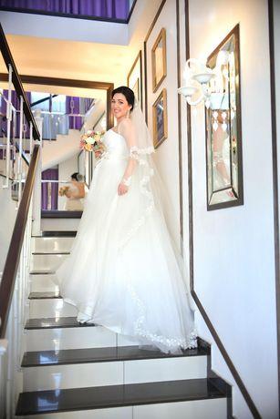 Свадебное платье 44-46 р-р,  подойдёт для беременных