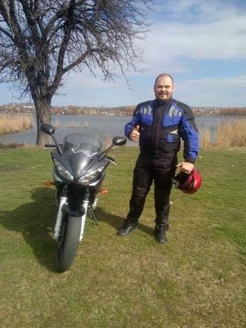 Мотокуртка стан 4із5 захист спини ліктів розмір 56-58