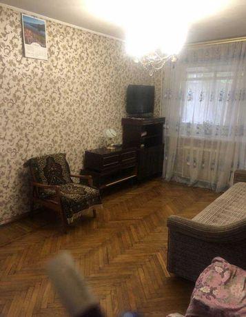 Продам 2 комнатную квартиру возле парка Горького