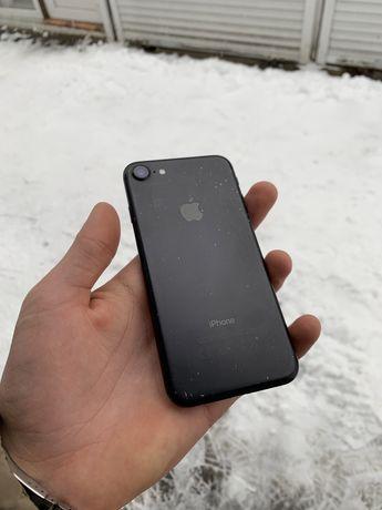 Продам дешево iPhone 7 32 gb Mat Black Магазин