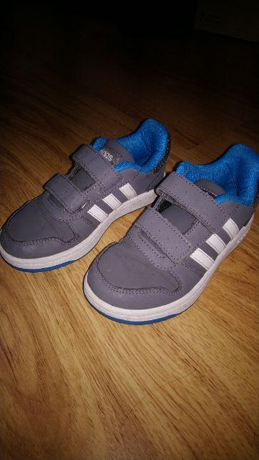 Buty Adidas Hoops rozmiar 30,5