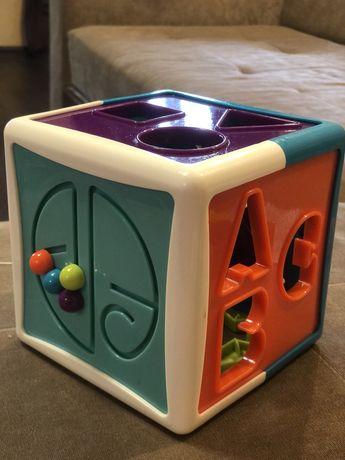 Развивающая игрушка-сортер Battat Lite Умный куб 12 форм
