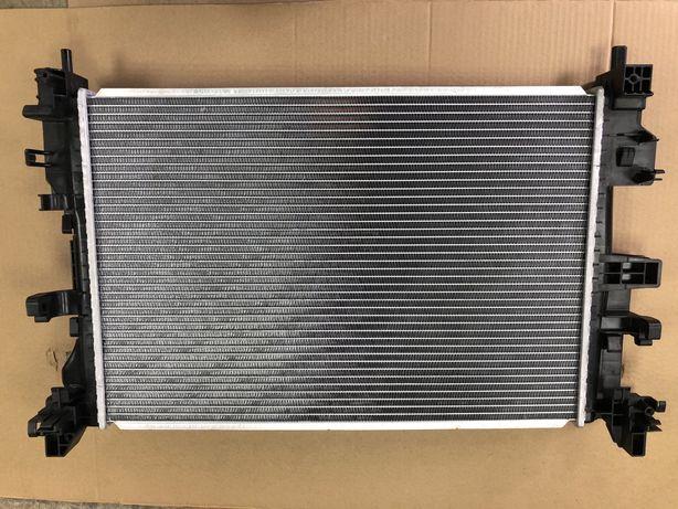 Радиатор охлаждения двигателя Джип Ренегад