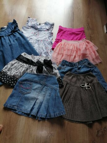 Spódniczki i sukienki roz 104-110