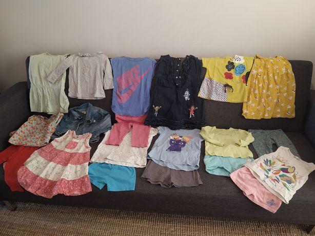 Lote 30 -  20 peças de roupa de menina Verão 2 anos