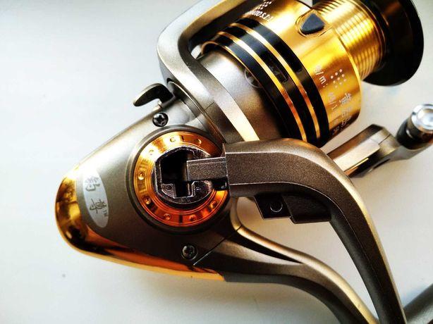 КАРПОВАЯ Рыболовная SUPER Катушка SILVER 5+1bb 2000-6000  ( спиннинг)