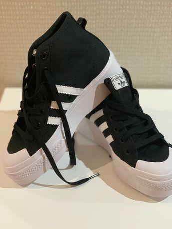 Sapatos de plataforma Nizzq