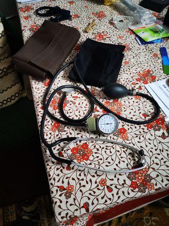 Ciśnieniomierz medyczny w bdb stanie