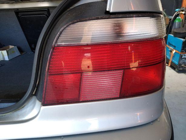 BMW e39 Lampy tyl białe przed lift Mpakiet
