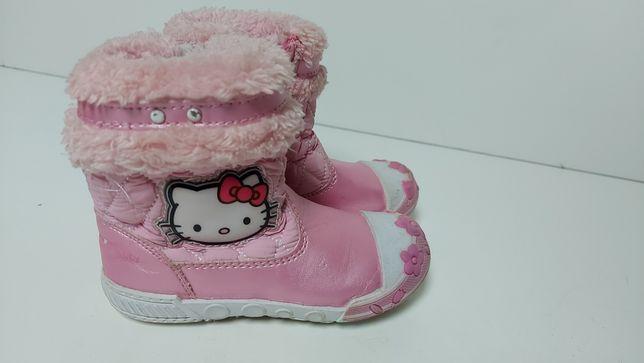 Buty dziecięce ocieplane zimowe rozmiar 23 Hello Kitty