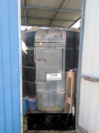 Zbiornik TITAN FUELMASTER 5000 L na ON dwupłaszczowy z dystrybutorem
