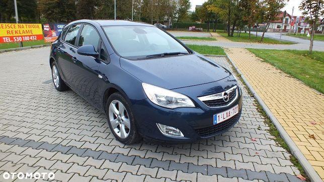 Opel Astra Gwarancja Przebiegu Gwarancja Do 12 Miesięcy Piękna