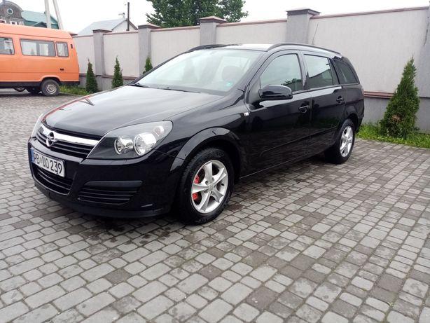 Opel Astra h 1.6 бенин