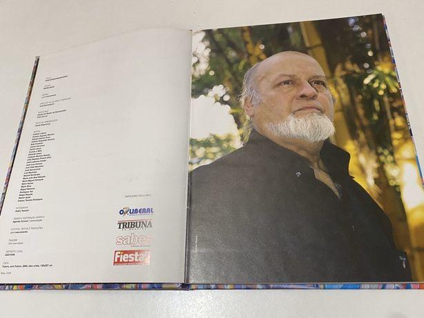 Livro do pintor Mário Silva com capa dura.