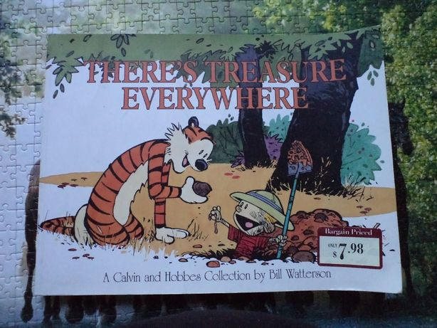 Komiks There's Treasure Everywhere A Calvin and Hobbes Collection