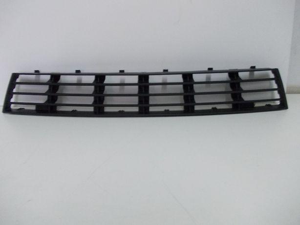 Komplet Kratki Atrapy Zderzaka Środkowa Lewa Prawa Audi A4 B5 FL 99-01