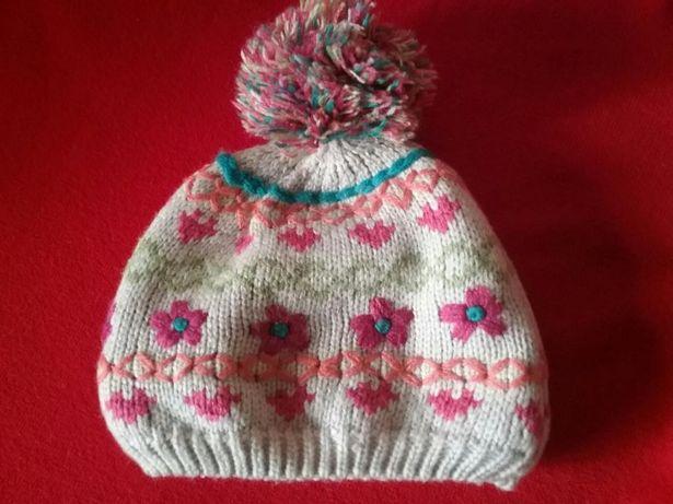 Зимняя демисезонная шапка accessorize