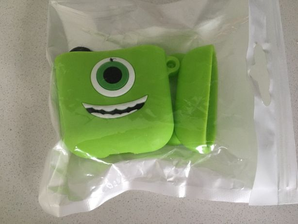Capa para Airpods (Monsters INC)