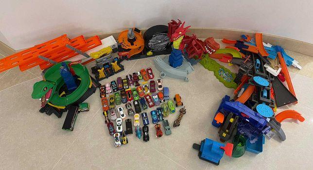 Коллекция Hot Wheels (48 машинок + грузовик+ треки)