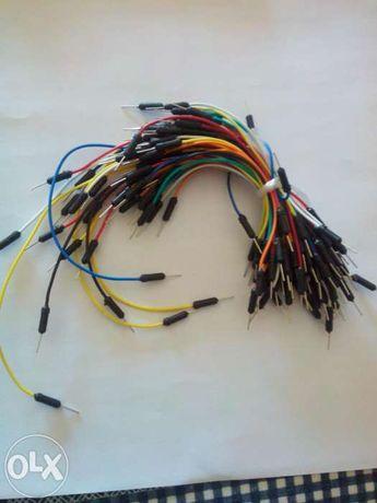 Conjunto de fios para fazer ligações em breadboard ou arduino nsr