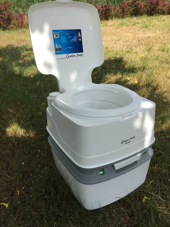 NOWA Toaleta turystyczna - idealna np. na działkę