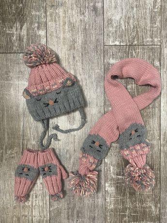 Шапка , шарф и рукавички Zara