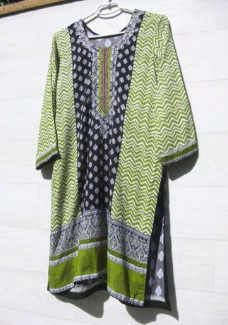 Платье туника зелёная разноцветная с разрезами с вышивкой вискоза S M
