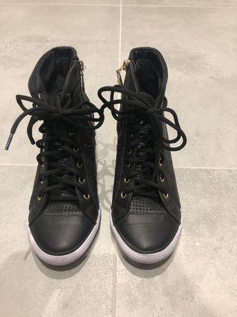 Sneakersy skorzane Kazar rozmiar 39