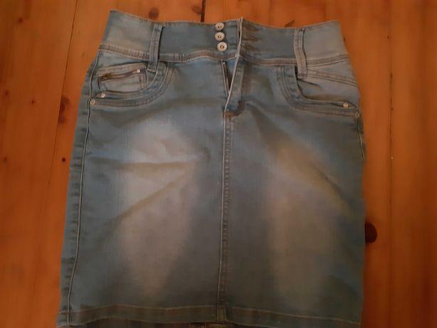 Dwupak spodnica jeans plus bluzka