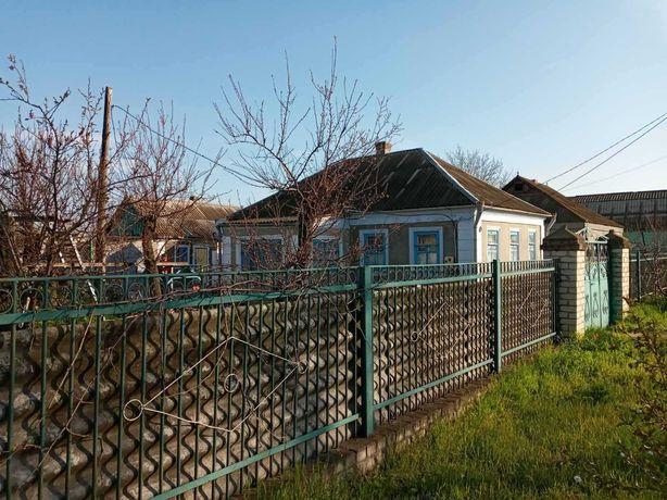 Продам или обменяю дом(уч. 12сот.) пгт Белозёрка на квартиру в Херсоне