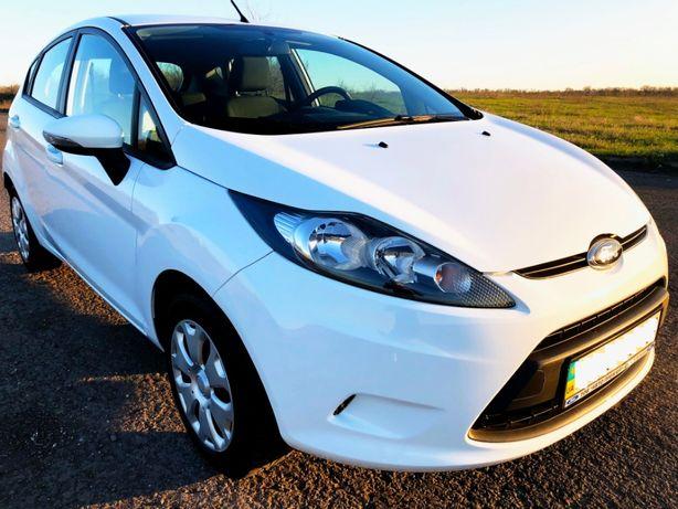 Автомобиль FORD Fiesta Comfort 1,3 NEW 2013
