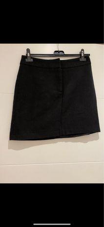 Spodnica czarna rozmiar s