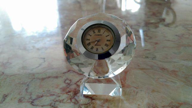 Relógio em cristal