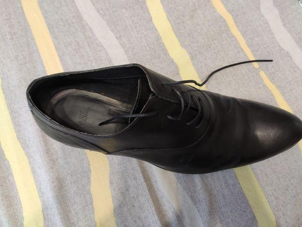 Туфли кожаные Zara