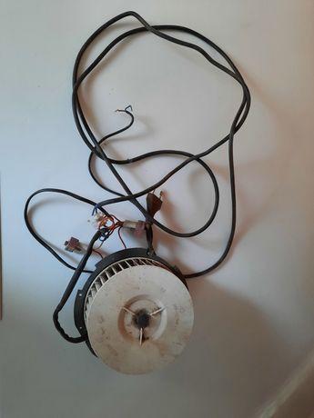 Silnik wentylatora okapu