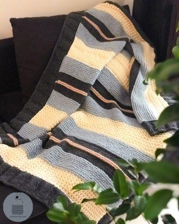 Koc narzuta pled wełniany ręcznie robiony na drutach