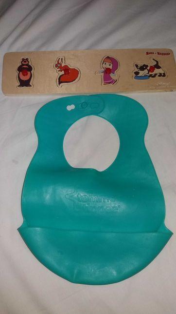 Слюнявчик силиконовый Tommee tippee + подарок