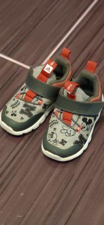 Adidas mickey 22