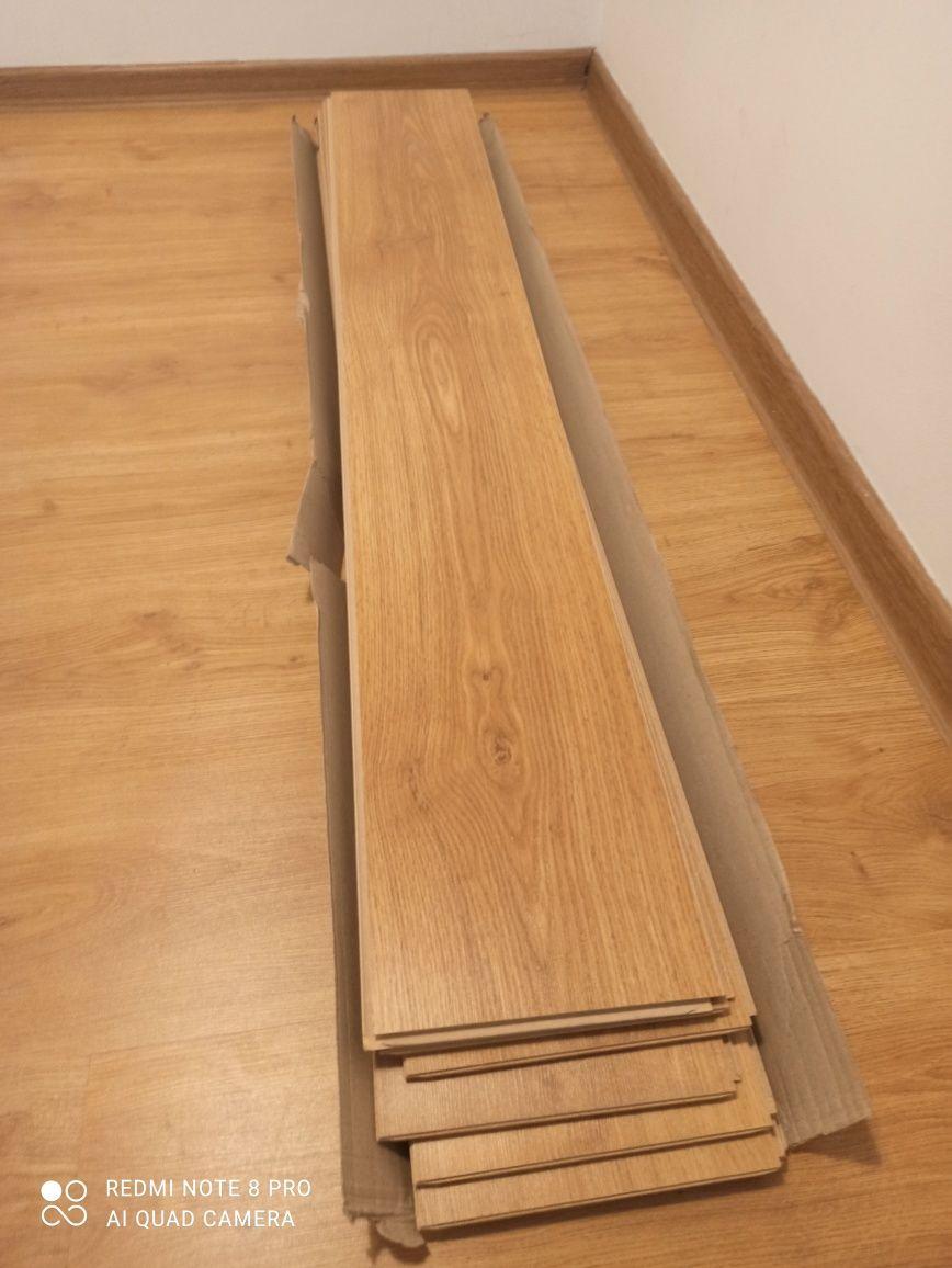 Panele podłogowe 8mm, ok. 1,7m²