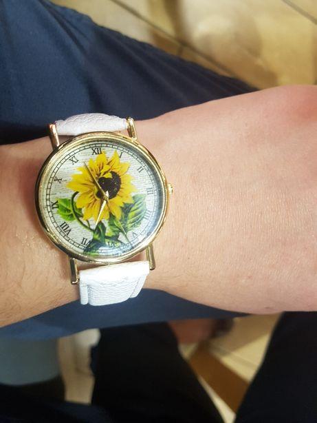 Zegarek biały