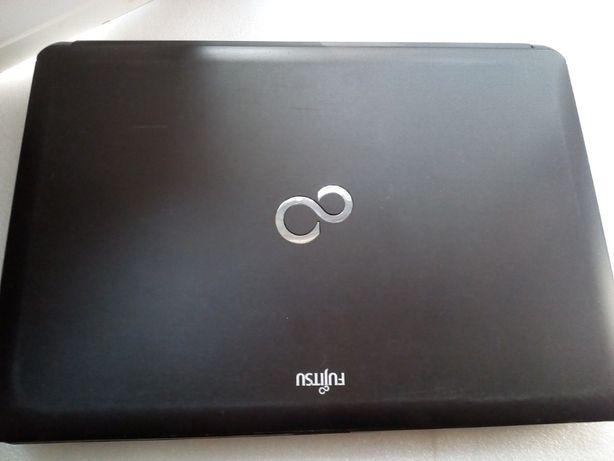 Ноутбук Fujitsu S762 2 гб DDR3 память 500 гб HDD диск процессор B960