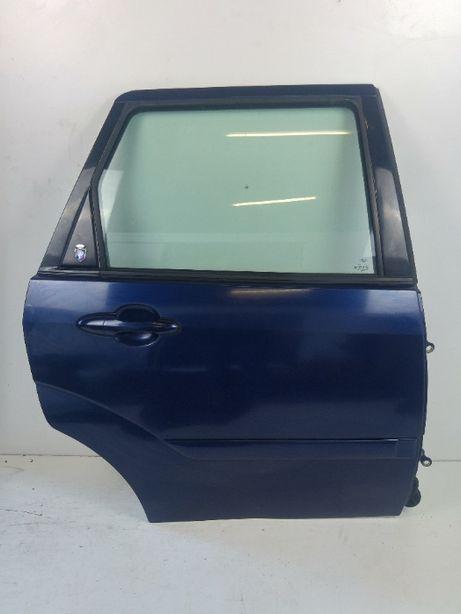 Ford Focus MK1 Kombi Drzwi Prawy Tył Prawe Tylnie Kod Lakieru H8