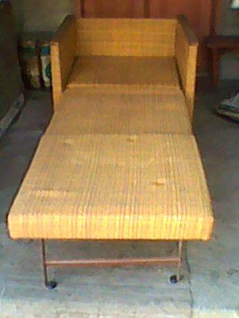 Продам кресло-кровать.