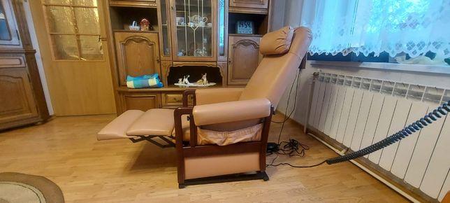 Fotel elektrycznie sterowany z Funkcją pomoc w wstawaniu Skóra!!!