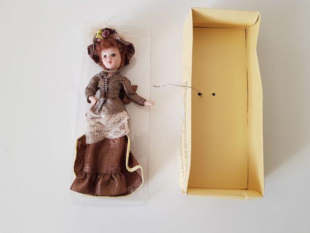Nowa porcelanowa lalka