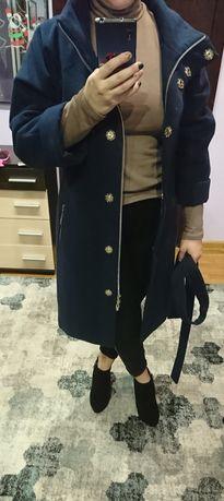 Стильное кашемировое пальто Nuy very, размер М.